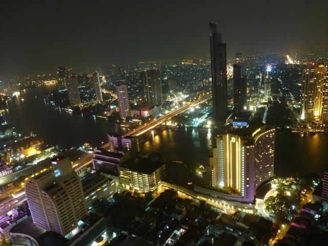 100 frälsta ungdomar i Thailand!