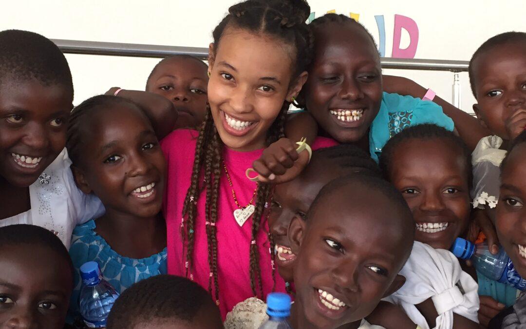 Asha fann Jesus – nu delar hon med sig till Tanzanias barn